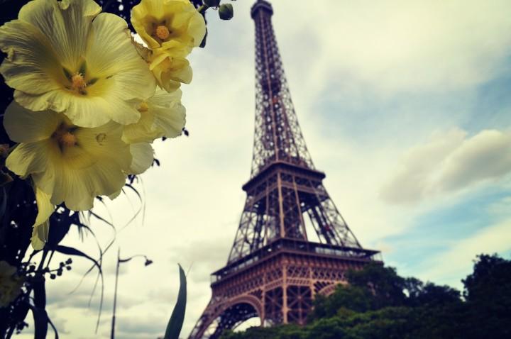 paris-285168_1280