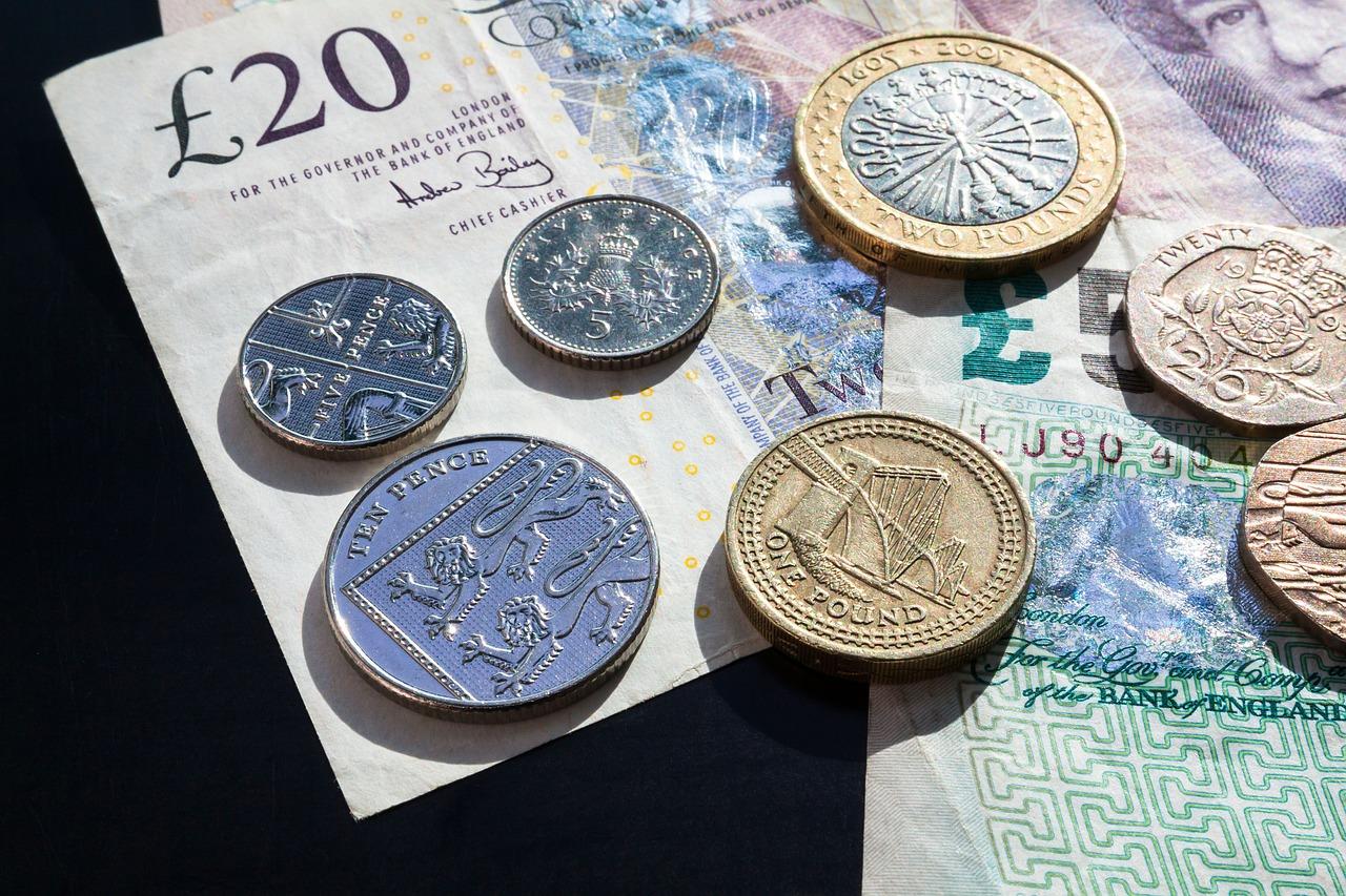 pound-414419_1280