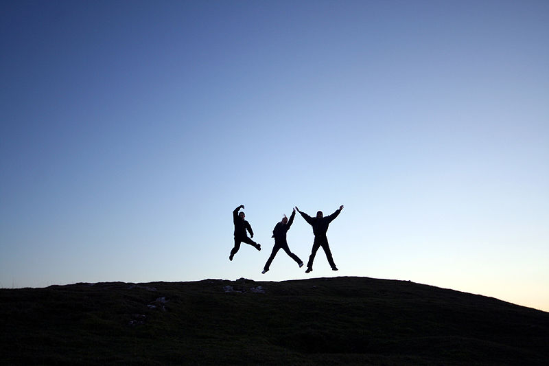 800px-Jumping_for_joy