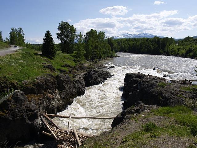 river-56590_640