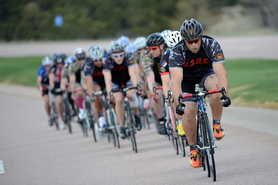 cycling-664758_960_720