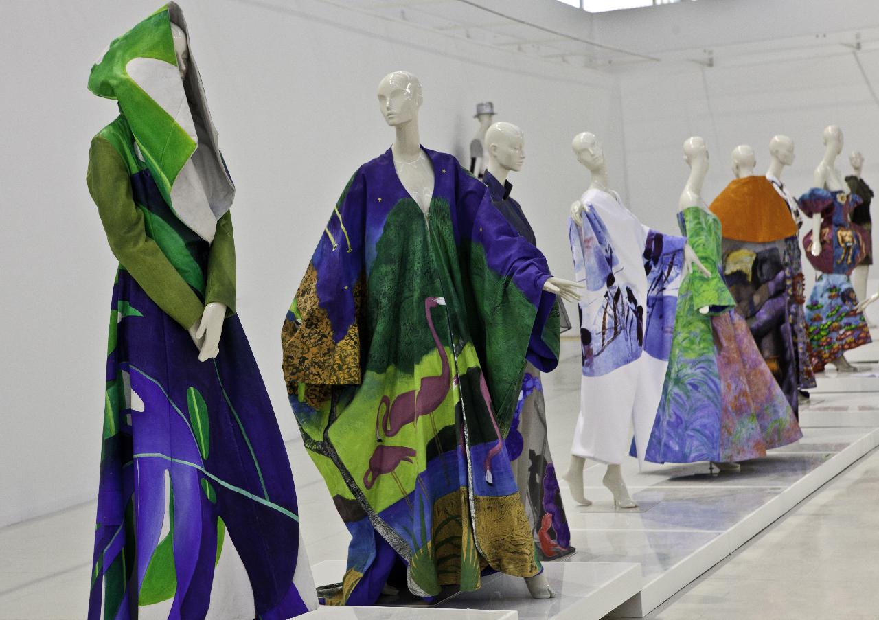 Fashion_Art_by_Manuel_Fernandez_-Exposición_CEART